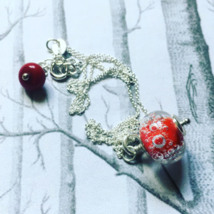 ROUGE GRAPHIC BULLE PENDENTIF